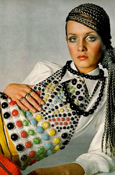 Twiggy photographed by Richard Avedon for Vogue in 1967