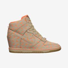 Nike Dunk Sky Hi BHM QS Women's Shoe.