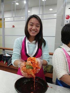 KOREA TRAVEL INFOMATION: Kimjang Kimchi (Sharing Event with Love)