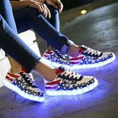 Cheap men led shoes, Buy Quality led shoes directly from China shoes usa Suppliers: men LED Shoes Luminous Light Up Flash Adults Casual Shoes USA Star Print 2 Color Man&Unisex Kid Size Unisex Hot Fashion Man Light Up Sneakers, Light Up Shoes, Lit Shoes, Sneakers Mode, Sneakers Fashion, Fashion Shoes, Shoes Heels, Dream Shoes, Swagg