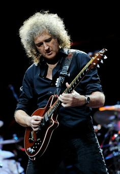 #BRIANMAY (#QUEEN)   Queen's Brian May might be swapping #WembleyArena for…