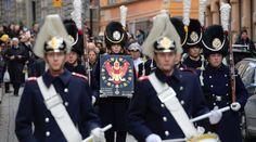 """สวีเดน อัญเชิญพระราชลัญจกร """"ร.9"""" ประดิษฐานยังโบสถ์ฝังพระศพพระราชวงศ์"""