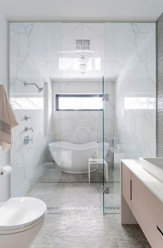 Small Bathtub. Small Bathtub Ideas. Tub is Kohler Abrazo tub. K-1800. #SmallBathtub Shirley Meisels