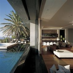 Sleek and Glamorous Beach House in South Africa