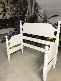 Welcome to Furniture Fixer Upper Day! I love reviving old furniture and once a month I get to do it with five other super talented Headboard Benches, Twin Headboard, Headboard Ideas, Headboards, Bedroom Ideas, Wall Bench, Diy Bench, Repurposed Furniture, Diy Furniture