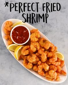 Perfect Fried Shrimp There Truly Is Nothing Better Than A Crispy Crunchy Batch Of Fried Shrimp This Easy No Fuss Recipe Is Perfect When That Salty Craving Hits If You Like We Can Get Behind These Perfect Fried Shrimp Recipe Batter Easy Tacos Fried Shrimp Recipes, Best Seafood Recipes, Shrimp Dishes, Yummy Recipes, Healthy Dinner Recipes, Appetizer Recipes, Cooking Recipes, Yummy Food, Recipe Tasty