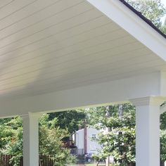 Patio Ceiling Ideas, Porch Ceiling, Patio Wall, Ceiling Decor, Ceiling Design, Wall Design, Backyard Patio, Backyard Landscaping, Installing Shiplap