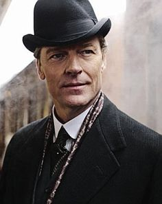 Sir Richard Carlisle Bring him back! Matthew doesn't need to be stuck with Mary!!