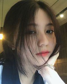 Korean Girl Photo, Cute Korean Girl, Korean Beauty Girls, Asian Beauty, Fanfic Exo, Vietnam Girl, Ulzzang Korean Girl, Uzzlang Girl, Cute Girl Face