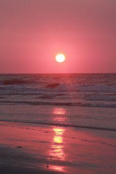 Pink sunrise in Garden City, SC