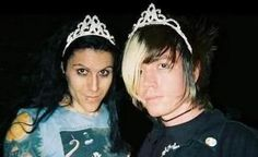 Davey and Jade wearing tiaras. Your argument is invalid.