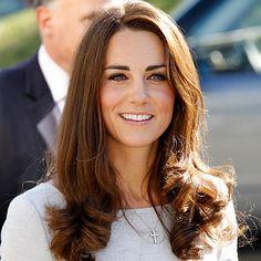 """Kate Middleton aka Catherine, HRH Duchess of Cambridge. """"La vraie beauté n'a pas besoin de se manifester. Elle est reconnue et respectée immédiatement."""" - Deodatta V. Shenai-Khatkhate."""