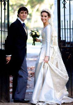Royal Wedding Gowns, Modest Wedding Gowns, Bohemian Wedding Dresses, Royal Weddings, Bridal Dresses, Big Dresses, Wedding Headdress, Royal Brides, Celebrity Weddings
