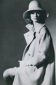 Jean Shrimpton photoghraphed by David Bailey for Vogue 1963