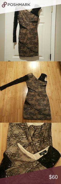 Bebe one sleeve sequence dress Stunning one sleeve dress by Bebe. Only worn once. Absolutely gorgeous especially for the winter festivities. bebe Dresses Mini