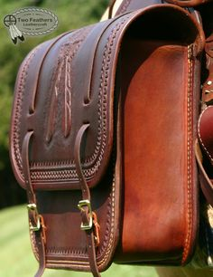 Amateur leathercraft specialising in eighteenth century shooting bags and pouches. Leather Saddle Bags, Leather Art, Leather Pouch, Leather Tooling, Leather Purses, Leather Backpack, Handmade Leather Wallet, Leather Gifts, Shooting Bags