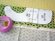 Oh Baby! with Fabric.com: Snap-on Bib with a Pocket | Sew4Home