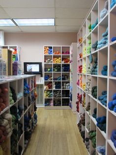 Cascade 220 to the right, and Berroco Vintage to the left!
