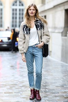 Constance Jablonski in a cozy topper  - Model #Streetstyle at Paris Fashion Week #PFW