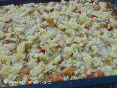 Upečený vláčný rebarborový koláč s drobenkou Sweet Recipes, Snack Recipes, Ham, Food And Drink, Rice, Sweets, Vegetables, Cooking, Desserts