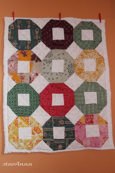 Quilts, Blanket, Scrappy Quilts, Comforters, Blankets, Quilt Sets, Shag Rug, Log Cabin Quilts, Lap Quilts