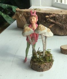 This Three Mushrooms are handmade by Olive. Great for indoor or outdoor fairy garden. Polymer Clay People, Polymer Clay Fairy, Clay Fairies, Flower Fairies, Mushroom Kits, Fairy Garden Houses, Fairy Gardens, Baby Fairy, Growing Vegetables