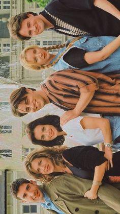 Friends Episodes, Friends Cast, Friends Moments, Friends Series, Friends Tv Show, Girlmore Girls, Friends Wallpaper, Friend Outfits, Friends Are Like