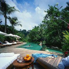 Four Seasons Resort Bali, Sayan, Indonesia #bali #sayan #Indonesia http://www.pandabuzz.com/es/imagen-ensueno-del-dia/resort-bali-sayan-indonesia
