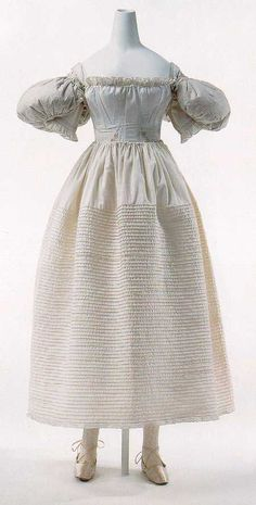 1830s full underdress. Note pouffe sleeves. From http://www.pemberley.com