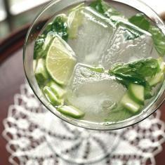 Cucumber Mint Tonic (via www.foodily.com/r/DJUfEn2zq-cucumber-mint-tonic)