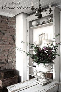 Vintage Interior  //  idea bookcase