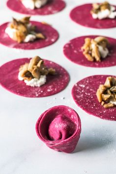 Beet Pasta Tortellini from scratch filled with wild foraged mushrooms and creamy feta cheese Beet Recipes, Orange Recipes, Easy Healthy Recipes, Pasta Recipes, Vegetarian Recipes, Cooking Recipes, Cooking Ideas, Fresco, Pasta Art