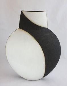 John Ward via www.thestourgallery.co.uk/portfolio/john-ward/ceramics#!prettyPhoto/5/