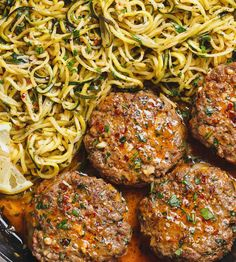 Good recipe for burgers) Cheesy Garlic Burgers with Lemon Butter Zucchini Noodles - Rich and juicy, you'll instantly fall in love with these hamburger patties served with plenty of lemony zucchini noodles.Cheesy Garlic Burgers with the Lemon Butter Zucchi Zucchini Dinner Recipes, Zucchini Noodle Recipes, Zucchini Noodles, Healthy Zucchini, Zucchini Cheese, Recipes Dinner, Beef Recipes, Cooking Recipes, Healthy Recipes