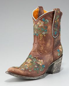 adorable Old Gringo boots