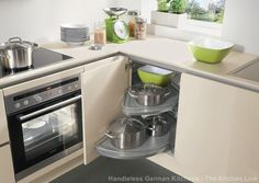 practical and clever storage, fittings to be integrated with your furniture, utensils at your finger-tips- IXINA Kitchens are packed with storage solutions to make your life easier. Nobilia Kitchen, Kitchen Corner, Kitchen Doors, Kitchen Appliances, Kitchen Ideas, Kitchen Organisation, Kitchen Storage, Handleless Kitchen, European Kitchens