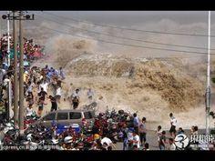 Biggest Tsunami In The World Largest Tsunami Monster Tsunami Worst Tsunami Caught On Tape Tsunami - YouTube
