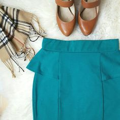 """{I.N. San Francisco} Teal Skirt -Length: 19"""" -Width (across waist): 13"""" -72% polyester, 24% rayon, 4% spandex -Not a sturdy type of material but a softer, stretchy type of material -Slight pilling  -The top is also in my closet  Skirts"""