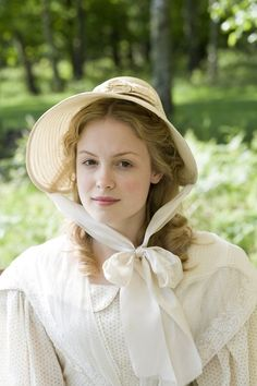 Kimberley Nixon as Sophy Hutton in the 2007 BBC TVserie 'Cranford' #CostumeDesign: Jenny Beavan