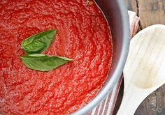 Homemade marinara sauce c. is 52 calories calories). Served with the Baked Eggplant Sticks (think fries). Everyone loved it. AND this marinara ROCKS on its own. I scraped my plate clean. Ww Recipes, Sauce Recipes, Italian Recipes, Cooking Recipes, Healthy Recipes, Skinnytaste Recipes, Italian Sauces, Detox Recipes, Healthy Snacks