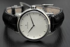 The Wristwatch Blog: Hands-On with the Zeitwinkel 081°