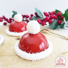 pere noel Une ide que jai trouv s - noel Christmas Dishes, Christmas Desserts, Christmas Baking, Noel Christmas, Cake Recipes, Snack Recipes, Healthy Recipes, Italian Chocolate, Chocolate Topping