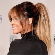 Want to buy work clothes but you are on a budget? Here is how to look elegant and classy everyday without spending an arm and a leg! Pony Hairstyles, Face Shape Hairstyles, Toddler Hairstyles, Haircuts For Long Hair, Straight Hairstyles, Layered Haircuts, Ciara Hair, Trending Hairstyles, Beautiful Long Hair