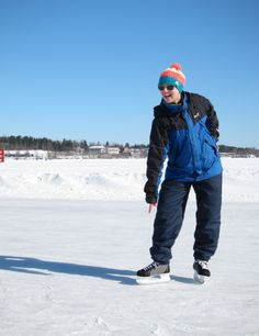 Ice skating in Kuopio on Kallavesi lake – tried my brother's hockey skates