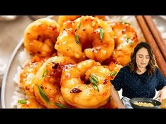 This honey garlic shrimp takes less than 10 minutes to make. Get the secrets to this takeout favourite, that could be easily made at home! Shrimp Recipes Easy, Stir Fry Recipes, Asian Recipes, How To Cook Mince, How To Cook Shrimp, Chicken And Shrimp, Garlic Shrimp, Speedy Recipes, Keto Pumpkin Pie