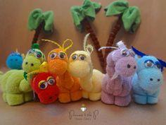 Washcloth Dinosaur Dinosaur Baby Shower par PrincessAndThePbaby                                                                                                                                                     Plus