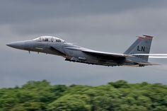 01-2000/LN F-15E 48th FW, 494th FS 'Panthers' RAF Lakenheath | by Stuart Freer - Touchdown Aviation