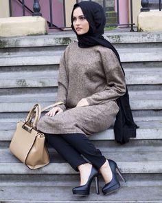 Looks so stylish    i ❤️ this  www.abayadress.com #abayadress