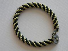 Anita's Bead Blog: 8-Cord Kumihimo Spiral Bracelet Instructions