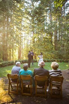 very small weddings outside. This is my IDEA. SMALL and ...